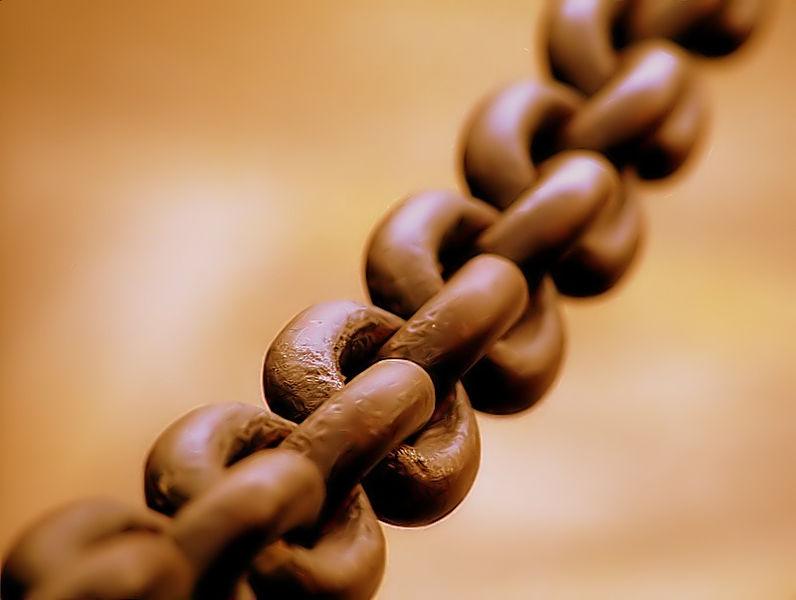 İşte zincir, halkalarından biri olmasa işe yaramıyor