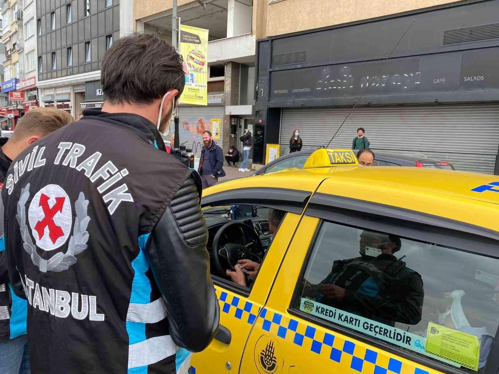 Kadıköy'de taksilere yönelik denetim