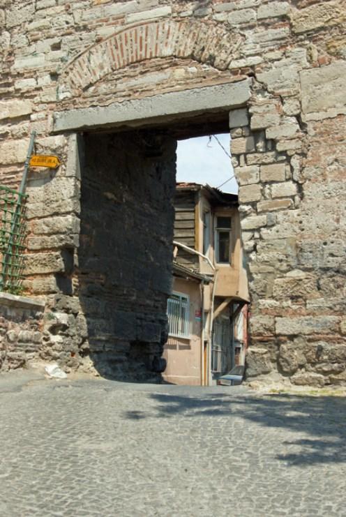 Eğrikapı door of walls