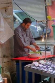 Beyoglu Fish Market, Istanbul, pentax k10d, by ozgur ozkok