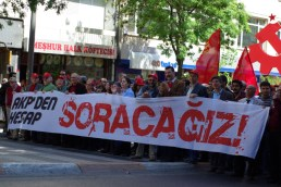 1_mayis_taksim_istanbul_ozgur_ozkok_2010-39