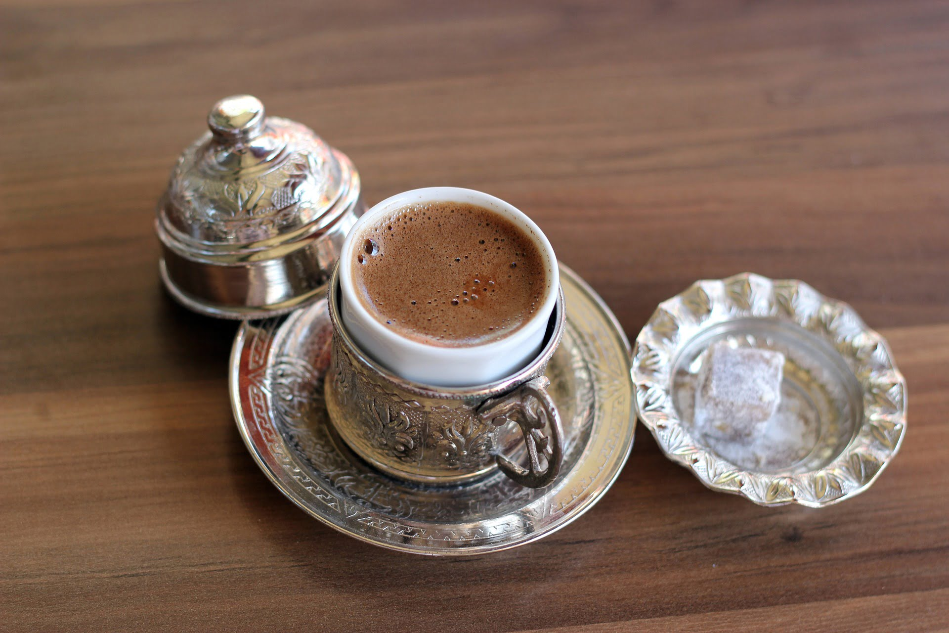 The perfect cup of Turkish coffee in Istanbul, accompanied by a piece of loku, Turkish delight