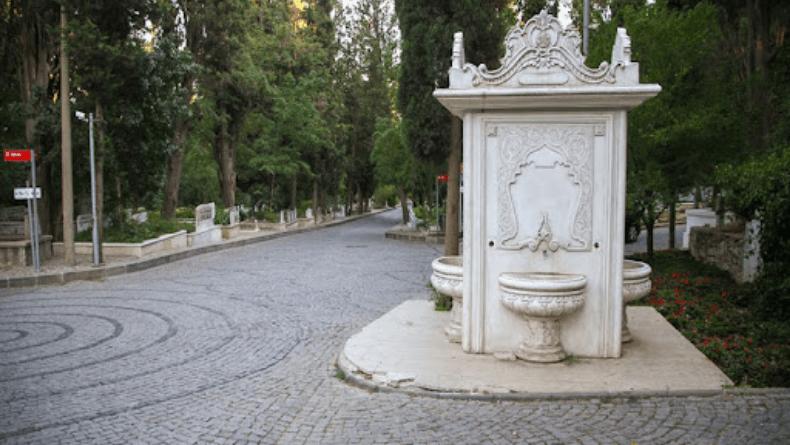 Karacaahmet Mezarlığı'na Nasıl Gidilir