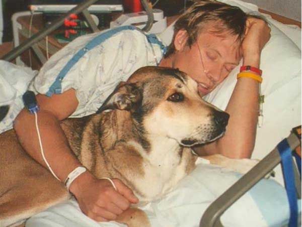 Denali and Ben Moon in hospital bed