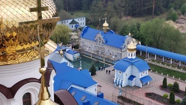 Скит Святой Анны Онишковцы
