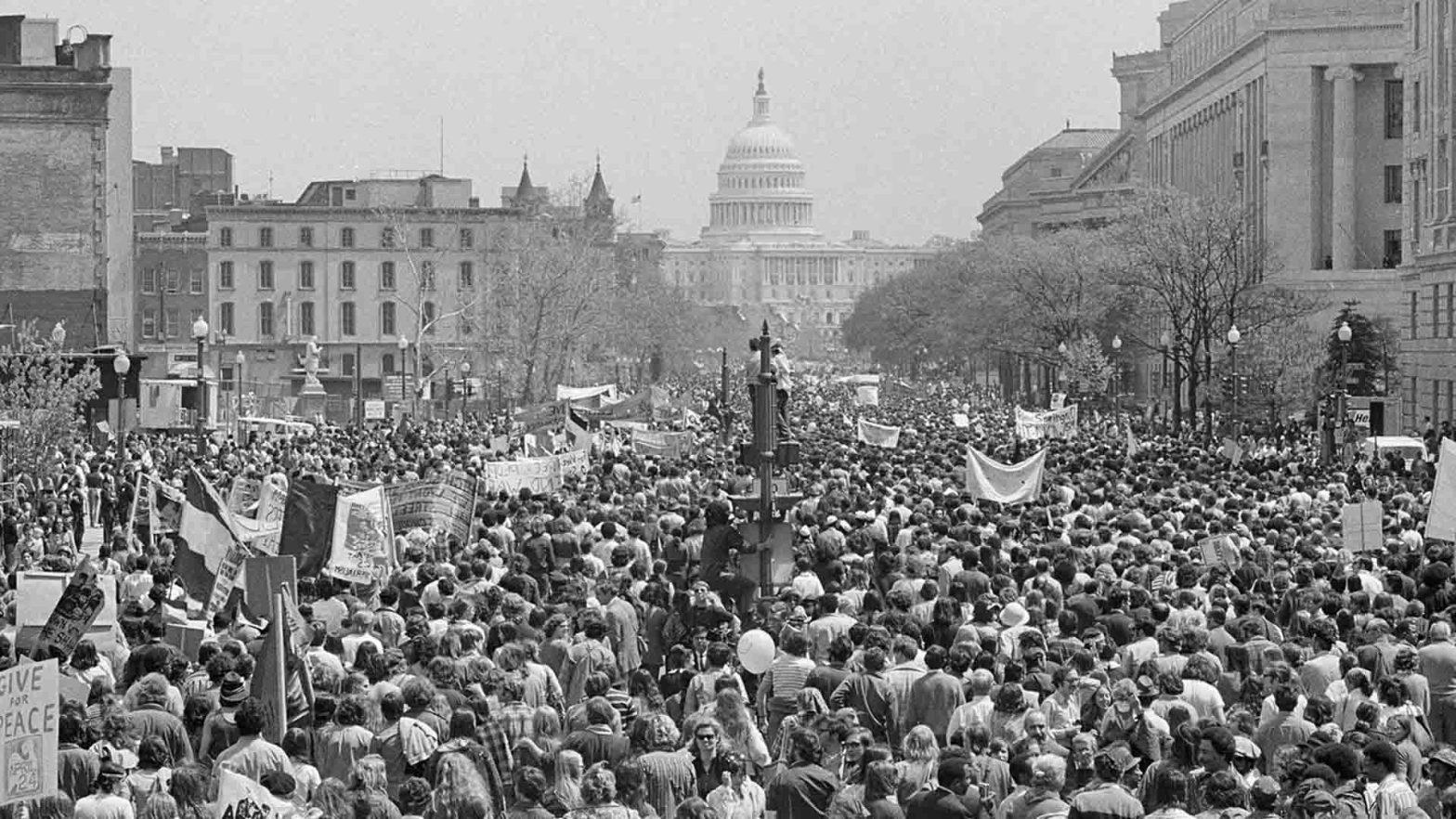 marcia contro la guerra in vietnam