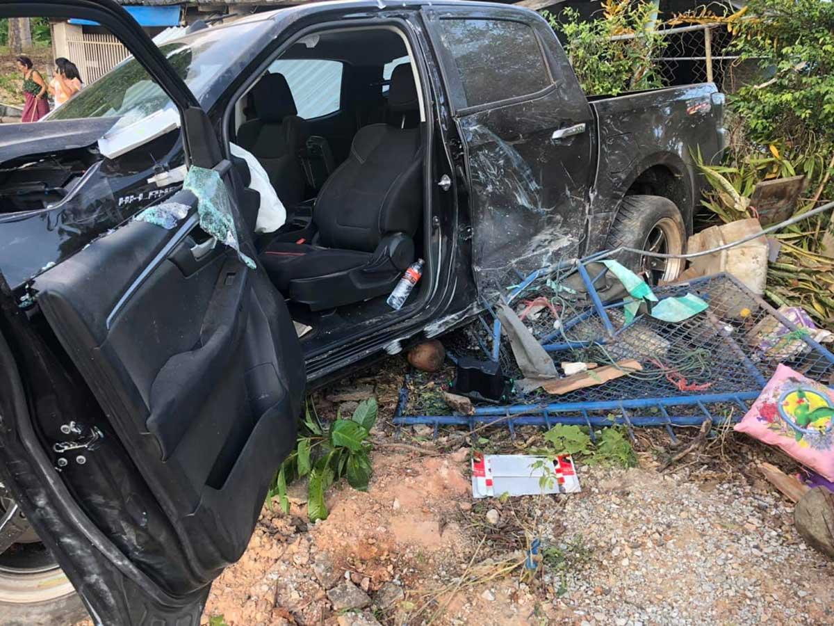 all new isuzu dmax 2020 accident 03