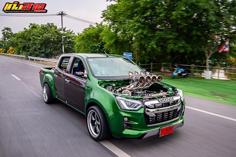 all new isuzu dmax green 03