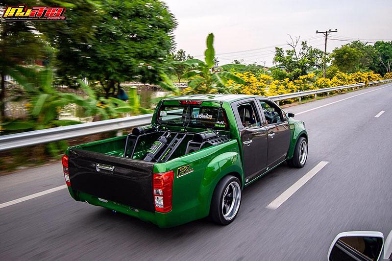 all new isuzu dmax green 07