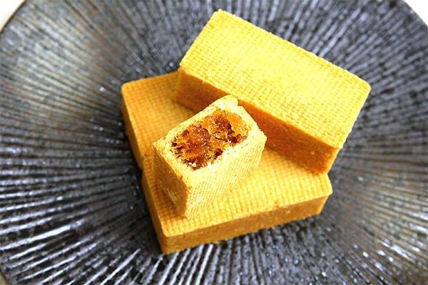 黑糖土鳳梨酥 - iSweets patisserie 愛甜食