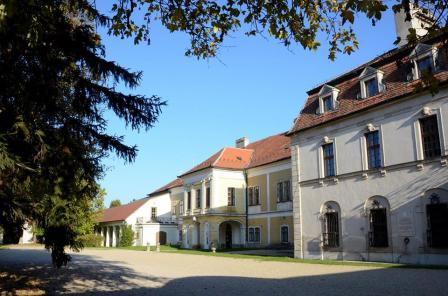 Amadé-Bajzáth-Pappenheim kastély (4)