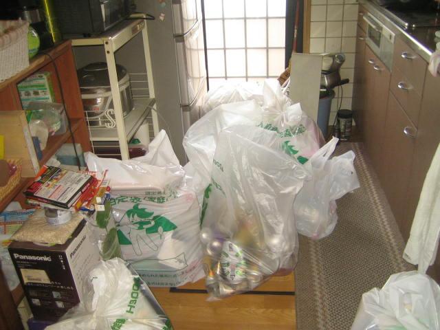 群馬県 前橋市 父の家のゴミの片付けとお掃除をお願いします・・・