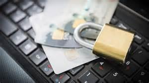 22 % utsätts för kortbedrägerier och 18 % för cyberhot på resa