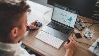 Ny CXO-rapport visar att föråldrade teknologier och kunskapsbrist hindrar digital transformation och IT-modernisering