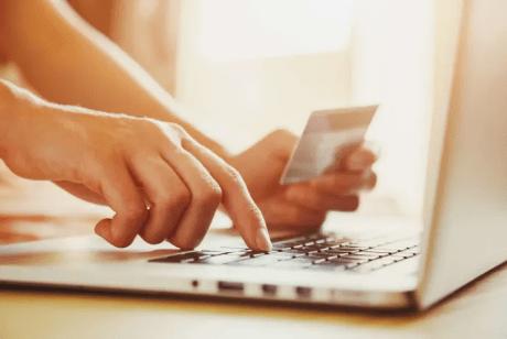 Nytt lagkrav inom e-handel reglerar ordningen av betalsätten i kassan 1