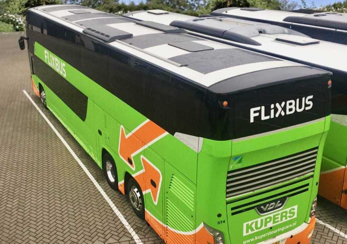 FlixBus minskar bussens koldioxidutsläpp med solpaneler 1