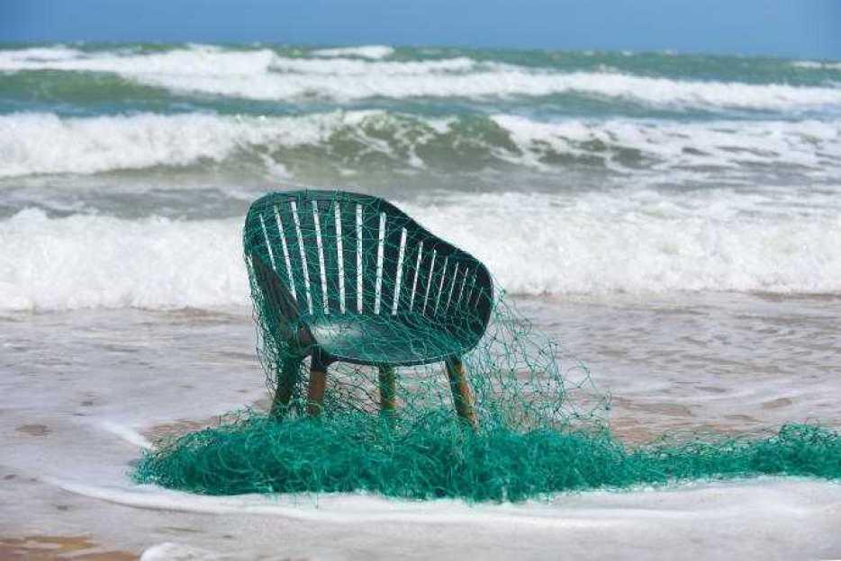 Plantagens nya utomhusmöbel gjord av återvunnen plast från havet 1