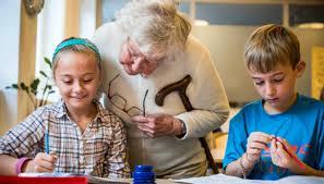 Äldreomsorg + förskola=åldersintegrering