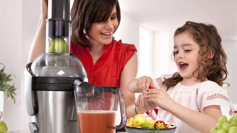 Näringsrika grönsaksjuicer ett smidigt sätt att få i barnen dagsbehovet av grönt och frukt