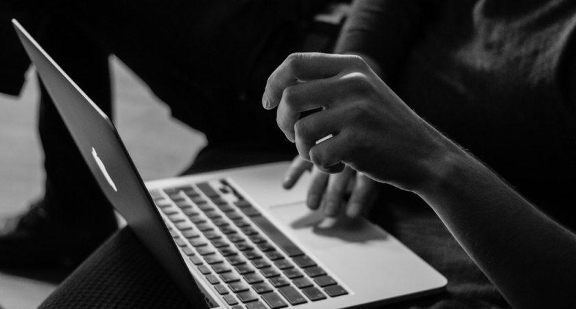 Digital vårdgaranti ger patienten rätt att söka vård på nätet