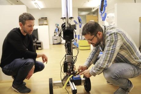 Forskare utvecklar städrobot med UV-ljus 1