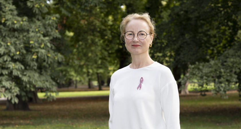 Ny statistik från Cancerregistret: fler drabbas – men dödligheten över tid fortsätter minska