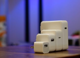 Best-iPhone-8-X-fast-chargers-Apple-adapters