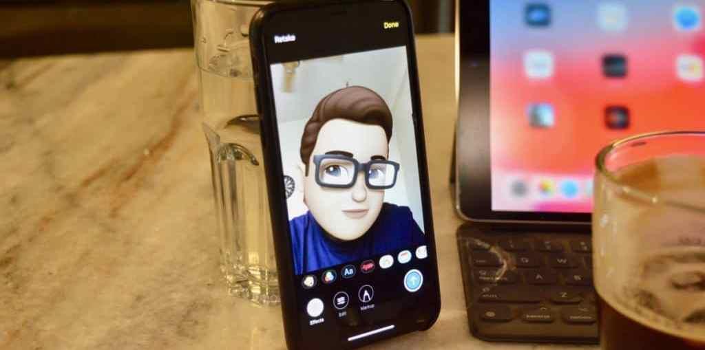 iOS-12-Memoji-Camera-View