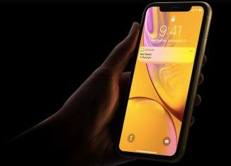 iPhone-XR-Lock-screen-notfifications-hidden-Face-ID