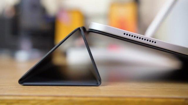 Apple-Smart-Folio-cover-for-2018-iPad-Pro-006
