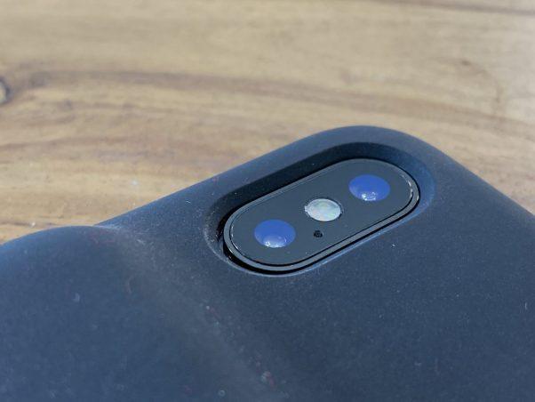 Apple-2018-Smart-Batter-Case-iPhone-X-camera-fit-1376×1032