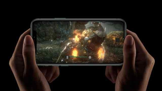 Apple_iPhone-11-Pro_A13-Bionic_091019-1
