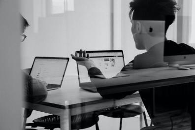 Tre ud af fire medarbejdere svækker virksomhedens it-sikkerhed 1