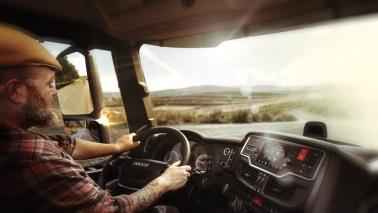 IVECO lancerer opsigtsvækkende stemmestyret førerassistent til lastbilchauffører baseret på teknologi fra Amazon Web Services (AWS) 1