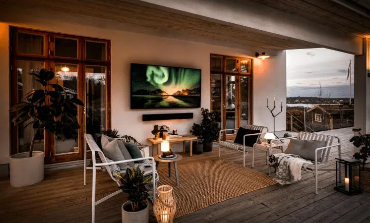 Endelig lander Samsungs udendørs TV The Terrace på det danske marked