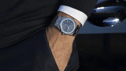 To eftertragtede ure af den visionære designer Gérald Genta kommer på auktion
