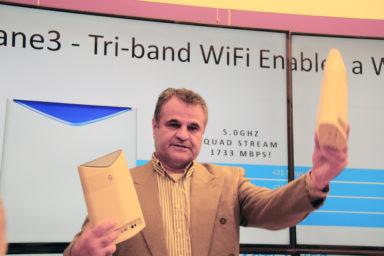 Netgear styr nätet med mobilen