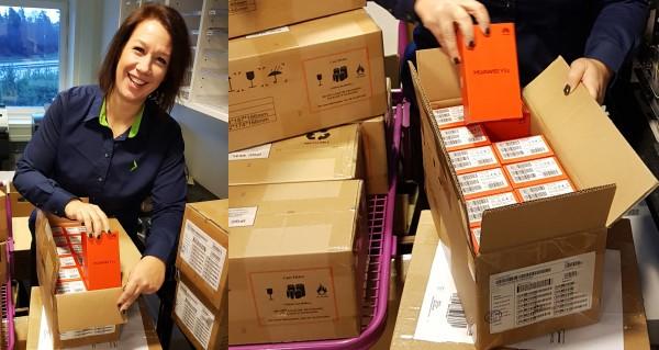 Elgiganten och Huawei donerar 200 mobiltelefoner till Julhjälpen