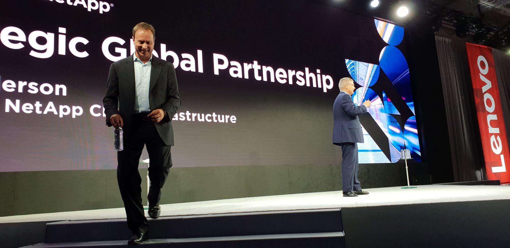 Lenovo växlar upp med strategiskt partnerskap 31