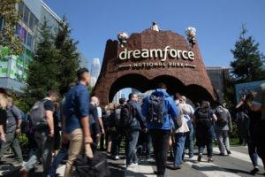 Nu går det att styra CRM-verktygen från Salesforce med rösten 1