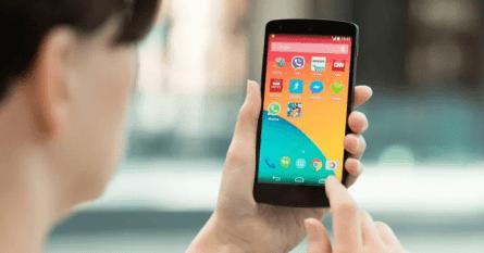 Ny studie visar att Androidtelefoner levereras med appar som kan hota säkerhet och integritet 1