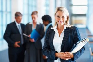 Andelen kvinnliga vd:ar nu 16 procent, men 95 av 100 försäljningschefer är män 1