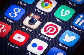 En studie på svenska konsumenters attityder gentemot användargenererat visuellt innehåll