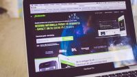 Mattehjälp med interaktivt onlineverktyg utmanar den traditionella matteboken