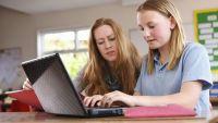 Linköpings skolor skrotar pappersblanketterna med tjänst från IST