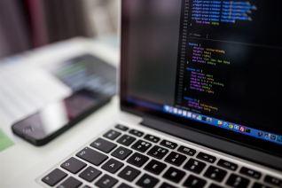 4 av 5 svenskar oroliga för digitala intrång 1