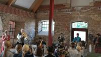 Över tusen Svedalabarn får uppleva renässansmusik och dans på Torup slott