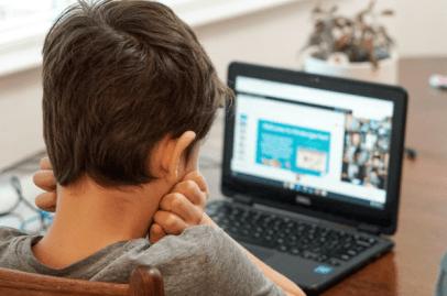 Yngre barn använder digitala enheter mer än någonsin tidigare