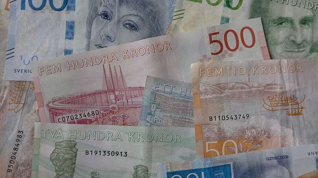 Kronan stärks mot dollarn, rapporterar Valutahandel.se