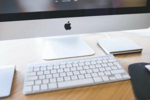 Apple iMac closeup of white keyboard